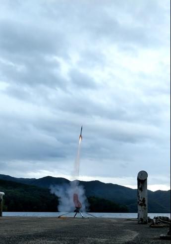 ロケット2.jpg